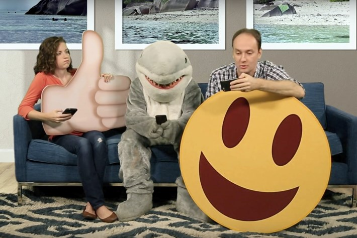 The time is now! Help sharks get the emoji they deserve