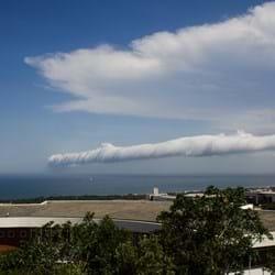 2013 11 26 Rare Roll Cloud Sweeps Across Durban 02