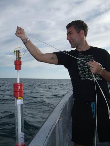 Stefano-Mariani-sampling-water_2018-05-04.JPG