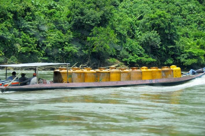 transporting-gasoline-boat_2018-05-24.JPG