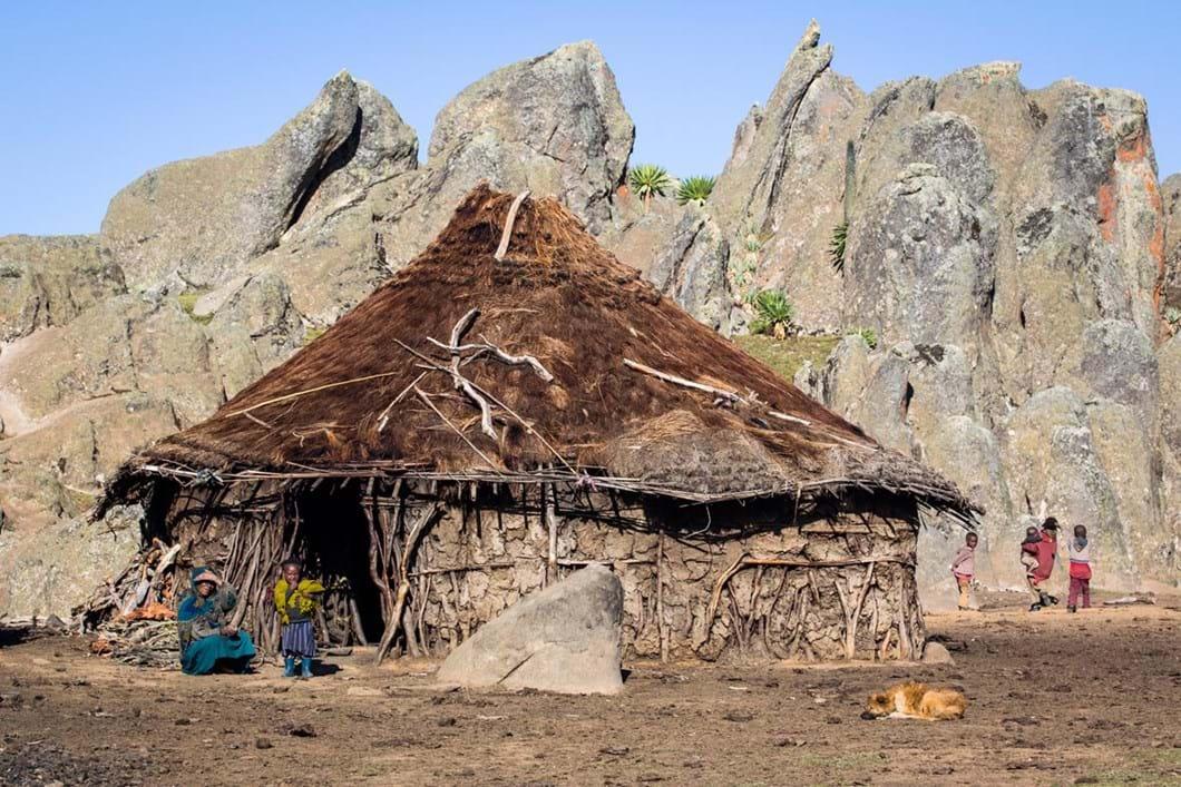 Ethiopian-Highlands-hut-2_2019-04-09.jpg