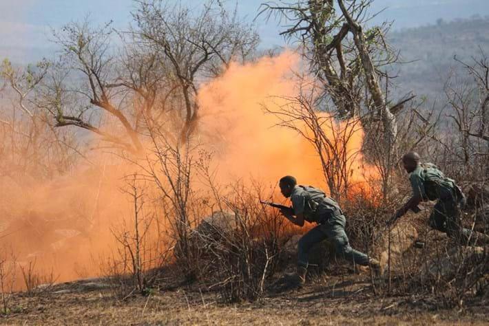 poaching smoke bomb-2014-9-20