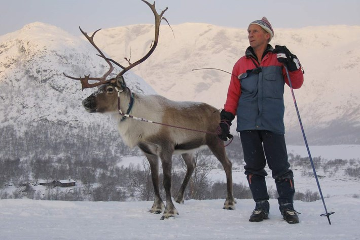 Reindeer-herder-2014-10-16